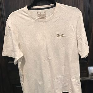 Beige Cropped Mens Under Armour TShirt W Gold Logo